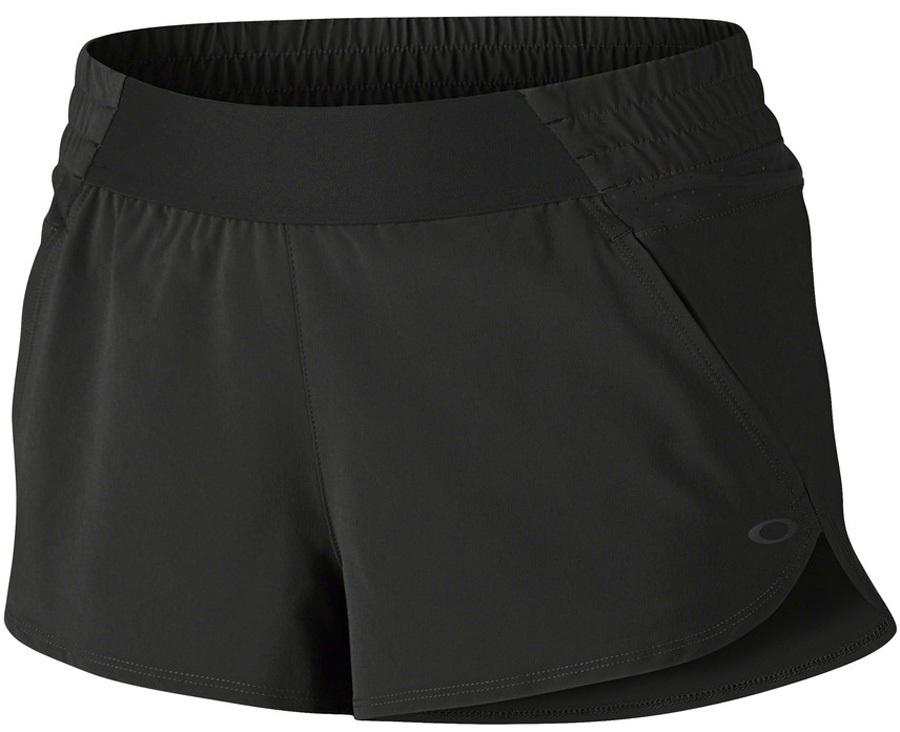 Oakley Womens Elevate Sportswear Shorts, M Blackout
